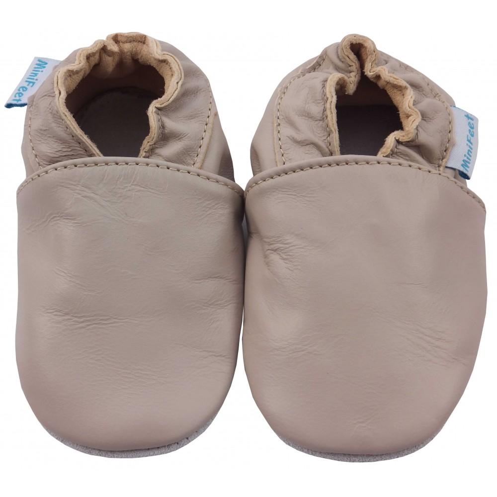 Детски кожени пантофки - изчистен стил