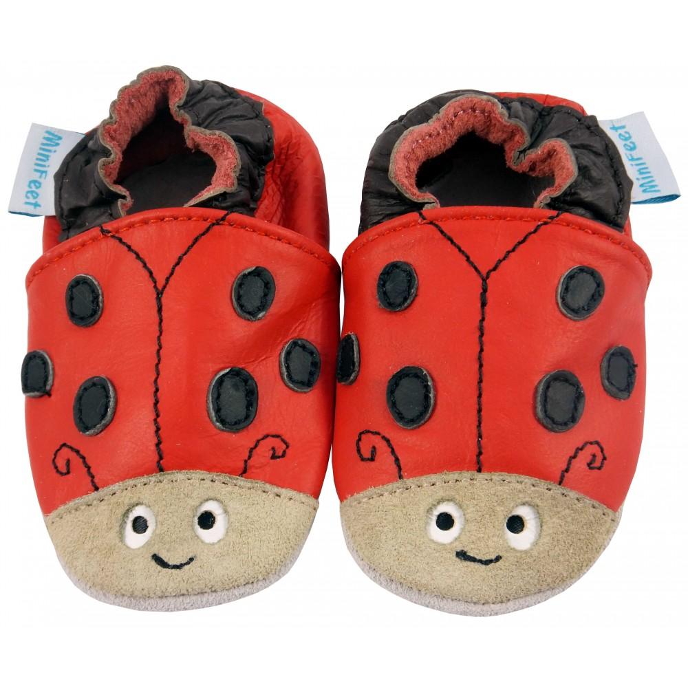 Детски кожени пантофки в стил Червена калинка
